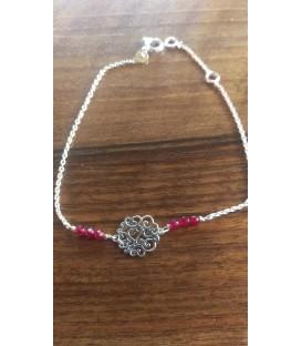 Bracelet petite arabesque et perles bordeaux